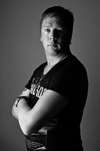 John Macraven (foto)