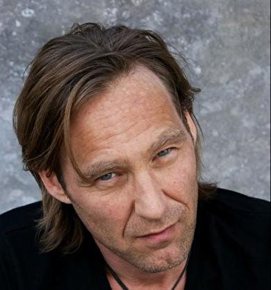 Mike Vandee (foto)
