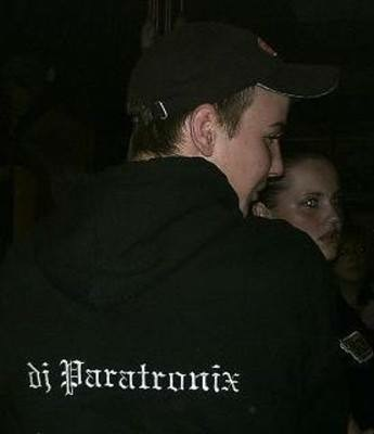 Paratronix (foto)