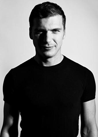 Daniel Stefanik (foto)