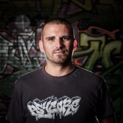 Damian (foto)