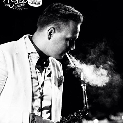 Nicolay On Sax (foto)