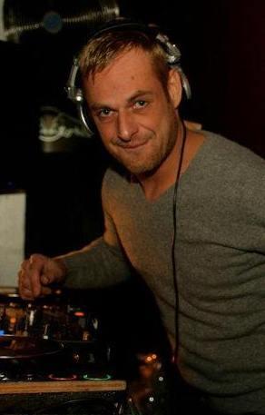 Erik Cooke (foto)
