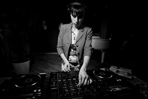 Tina Valen (foto)