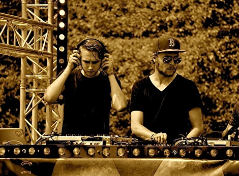 Flake & Simmons (foto)