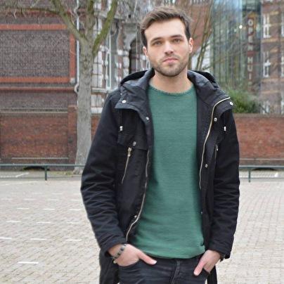Oliver Löbhard (foto)
