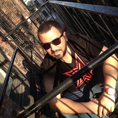 Eddie Cumana (foto)