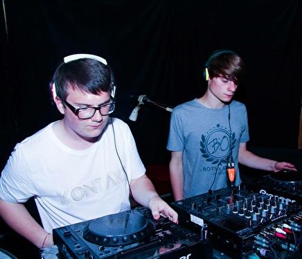 Bots & Otto (foto)