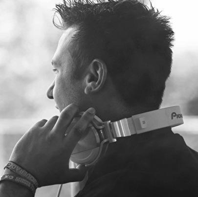 Ken Monoa (foto)
