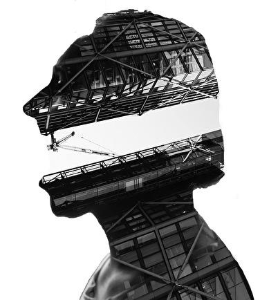 Under Black Helmet (foto)