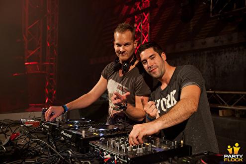 Frequencerz: hèt raw duo van 2013 (afbeelding)