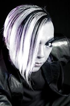 Yoji Biomehanika - DJ uit het land van de rijzende zon (afbeelding)